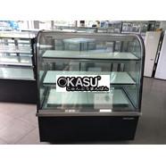 Tủ trưng bày bánh kem BERJAYA kính cong màu đen CCS15SB13-2FB